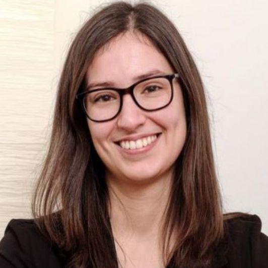 Simone Mayer, BA. Pth.